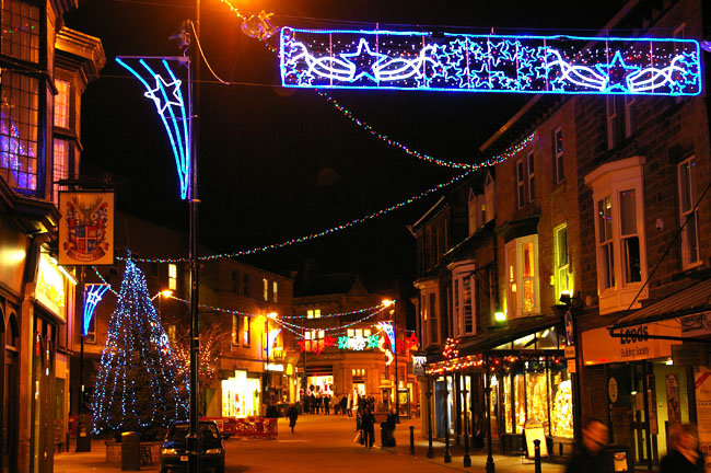 Oxford Street in Harrogate at Christmas