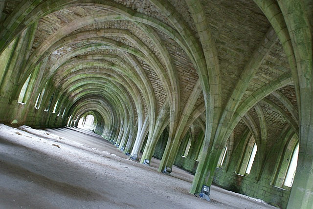 Fountains Abbey, North Yorkshire - photo courtesy of Alan Pratt