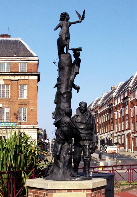 Flight Sergeant Arthur Aaron's statue in Leeds. Fl Sgt Aaron died of his wounds within hours of landing his damaged plane - Ibbeson Collection