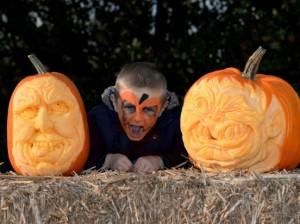 York Maze boy & pumpkins
