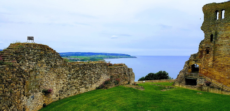 castle ruin overlooking the Scarborough coast