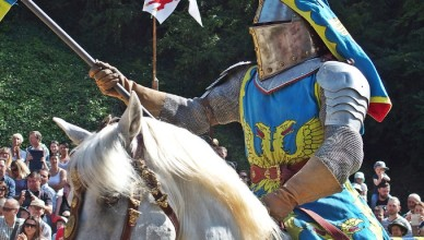 knight on his horse ready to joust
