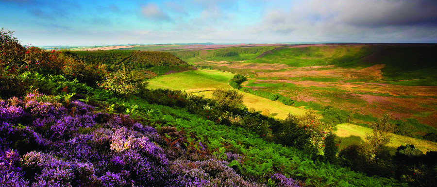 Hole of Horcum photo by Mike Kipling