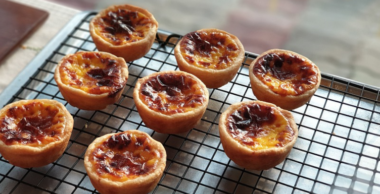mini Yorkshire curd tarts