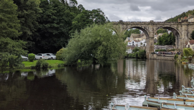 River and boats in Knaresborough