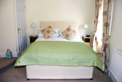 Pear Tree House Bed & Breakfast Pickering