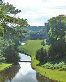 Fountains-Abbey1.jpg