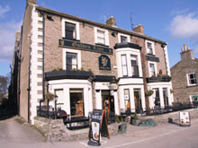 The Golden Lion Hotel in Leyburn